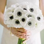 свадебный букет невесты флористика анемоны белые цветы фото свадьба