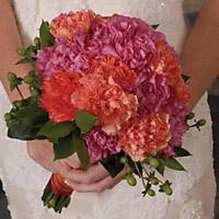 свадебный букет невесты гвоздики флористика цветы фото свадьба