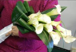 каллы фото белые цветочный бизнес свадебный букет