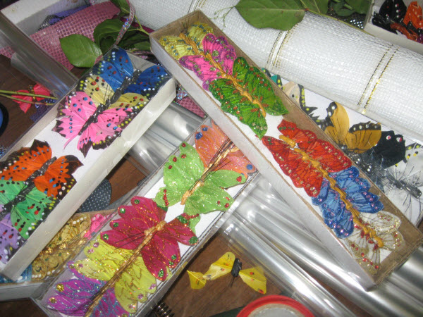 Бабочки для украшения букетов своими руками 83