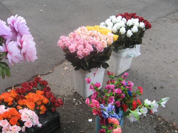 Где на рынке садовод купить искусственные цветы доставка цветов джибути