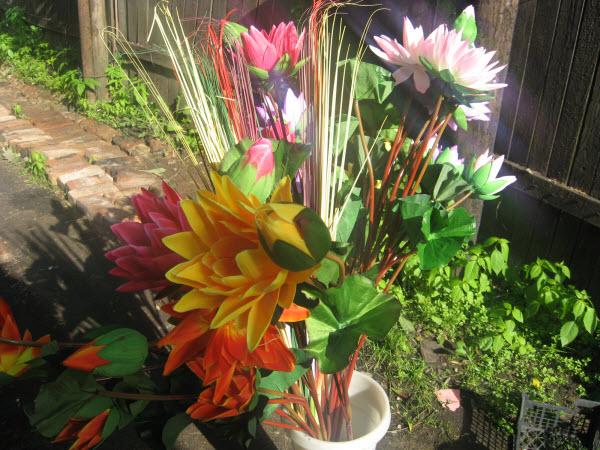 Где купить искусственные цветы на кладбище тула совхоз ленина цветы купить